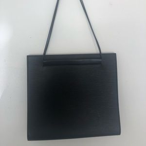 Louis Vuitton epi leather